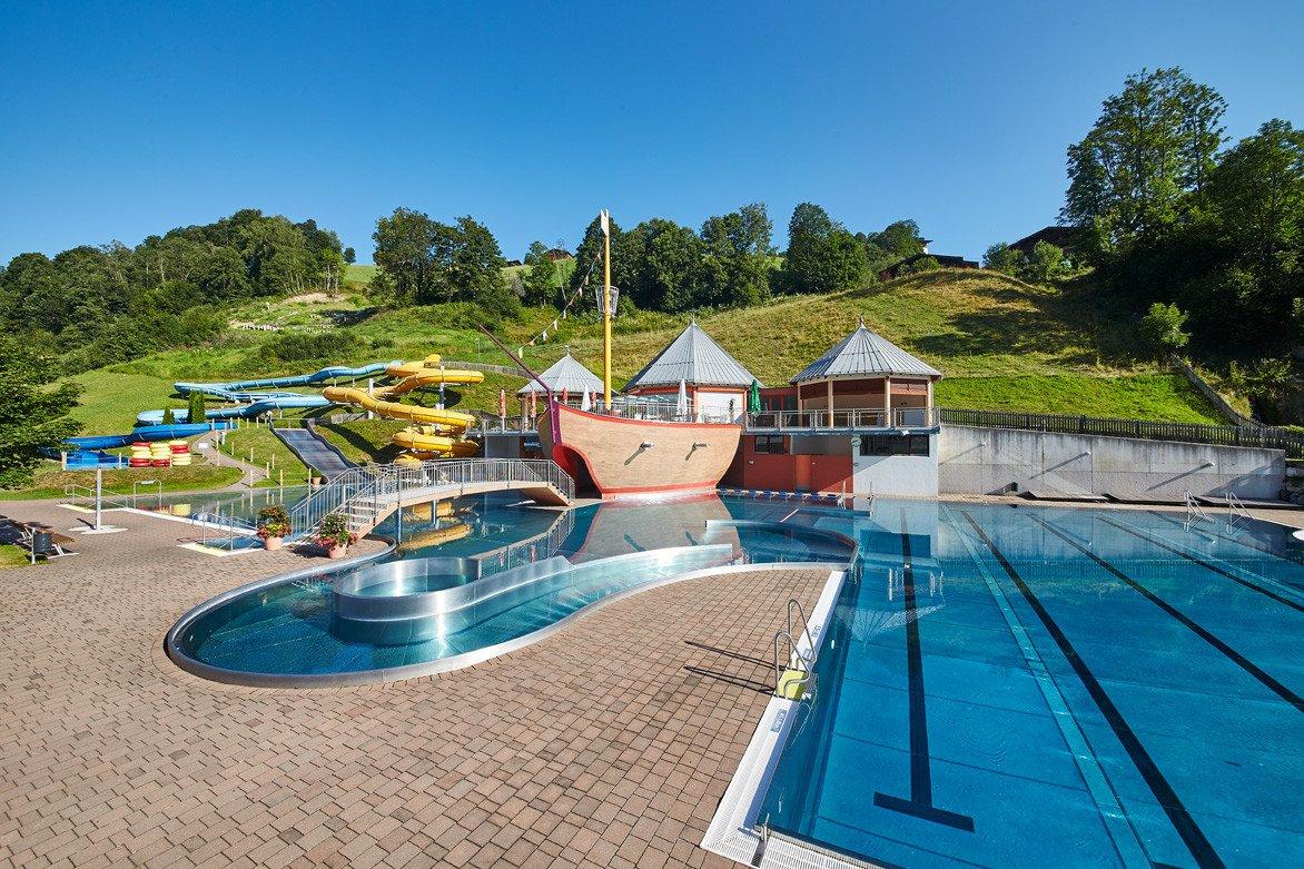 Pool slide water hookup