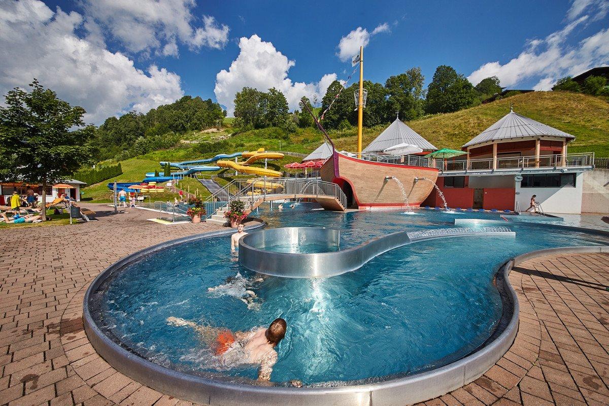K 228 Pt N Hook Adventure Pool Activities In Saalbach