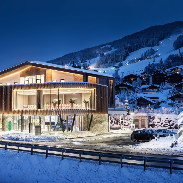 Tourismus Service Center Saalbach