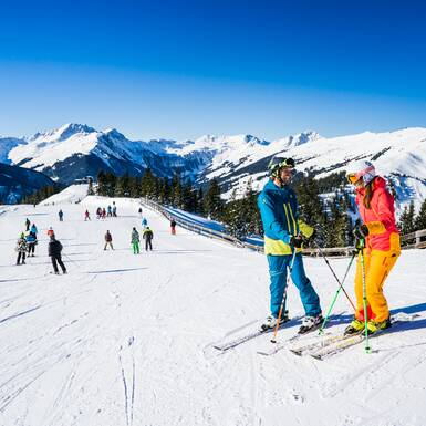 alpine skiing in Saalbach