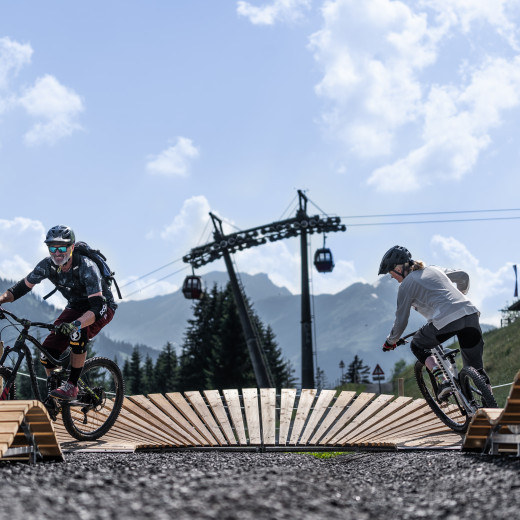 The pump track on the Reiterkogel is ideal for improving your riding skills | © saalbach.com, WODOproductions