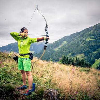 Tension and relaxation at archery | © c Edith Danzer