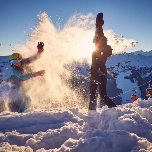 Fun in the snow at Zwölferkogel | © Daniel Roos Photography