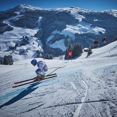 Perfectly groomed race pistes. | © saalbach.com